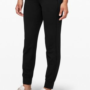 On the fly jogger pants